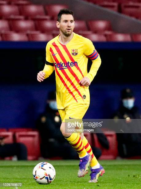 Lionel Messi of FC Barcelona during the La Liga Santander match between Atletico Madrid v FC Barcelona at the Estadio Wanda Metropolitano on November...