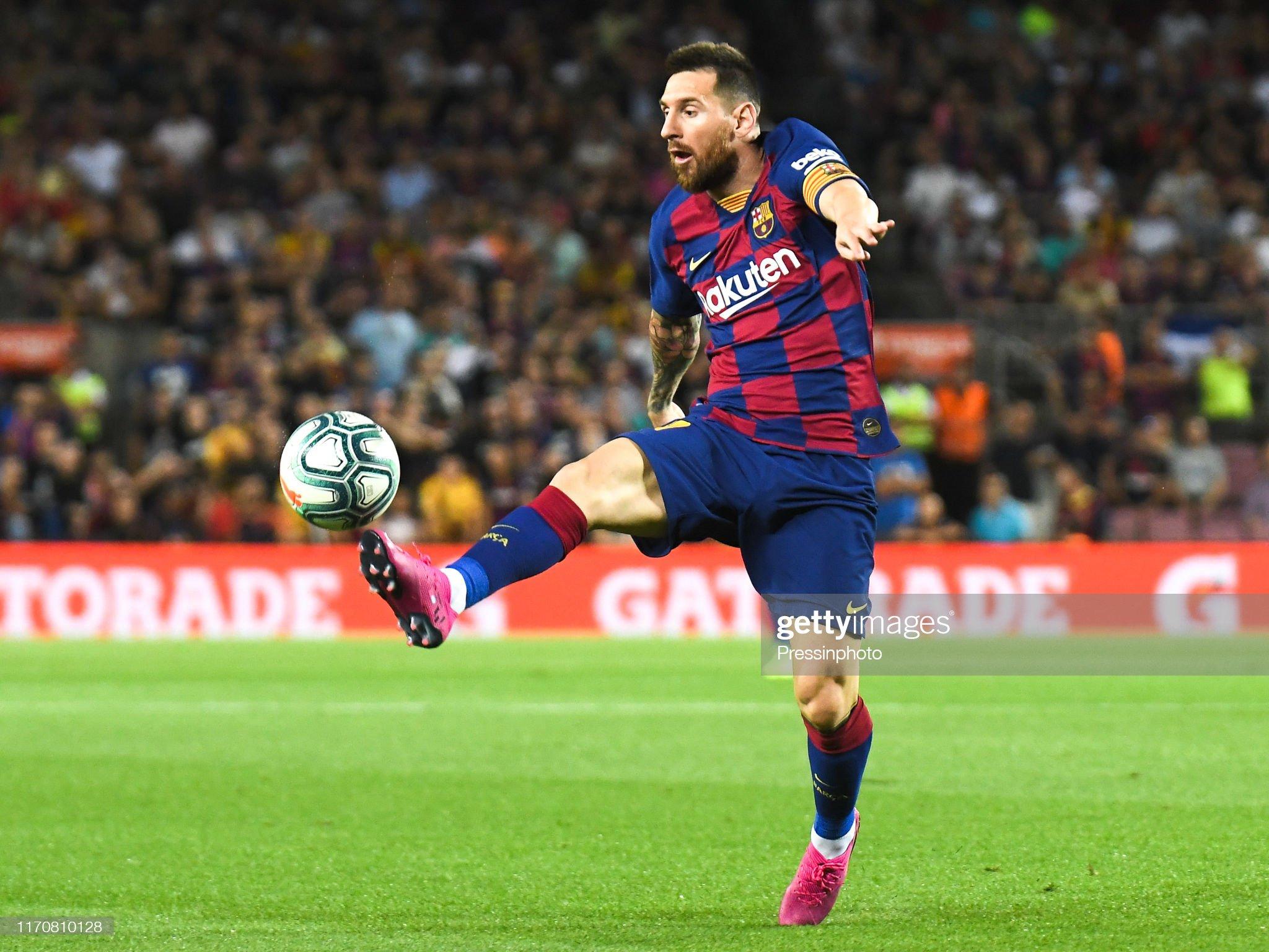 صور مباراة : برشلونة - فياريال 2-1 ( 24-09-2019 )  Lionel-messi-of-fc-barcelona-during-the-liga-match-between-barcelona-picture-id1170810128?s=2048x2048