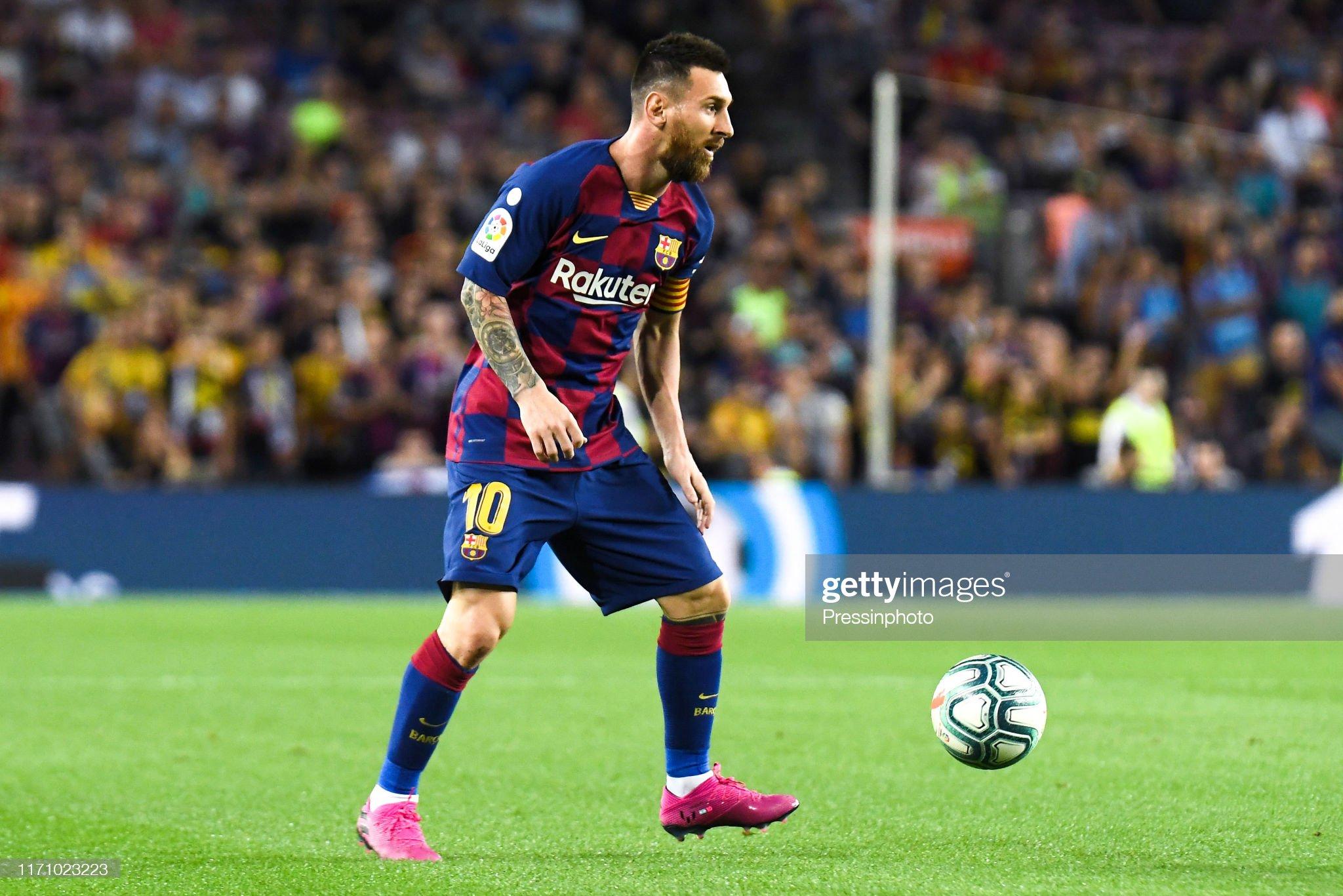 صور مباراة : برشلونة - فياريال 2-1 ( 24-09-2019 )  Lionel-messi-of-fc-barcelona-during-the-liga-match-between-barcelona-picture-id1171023223?s=2048x2048