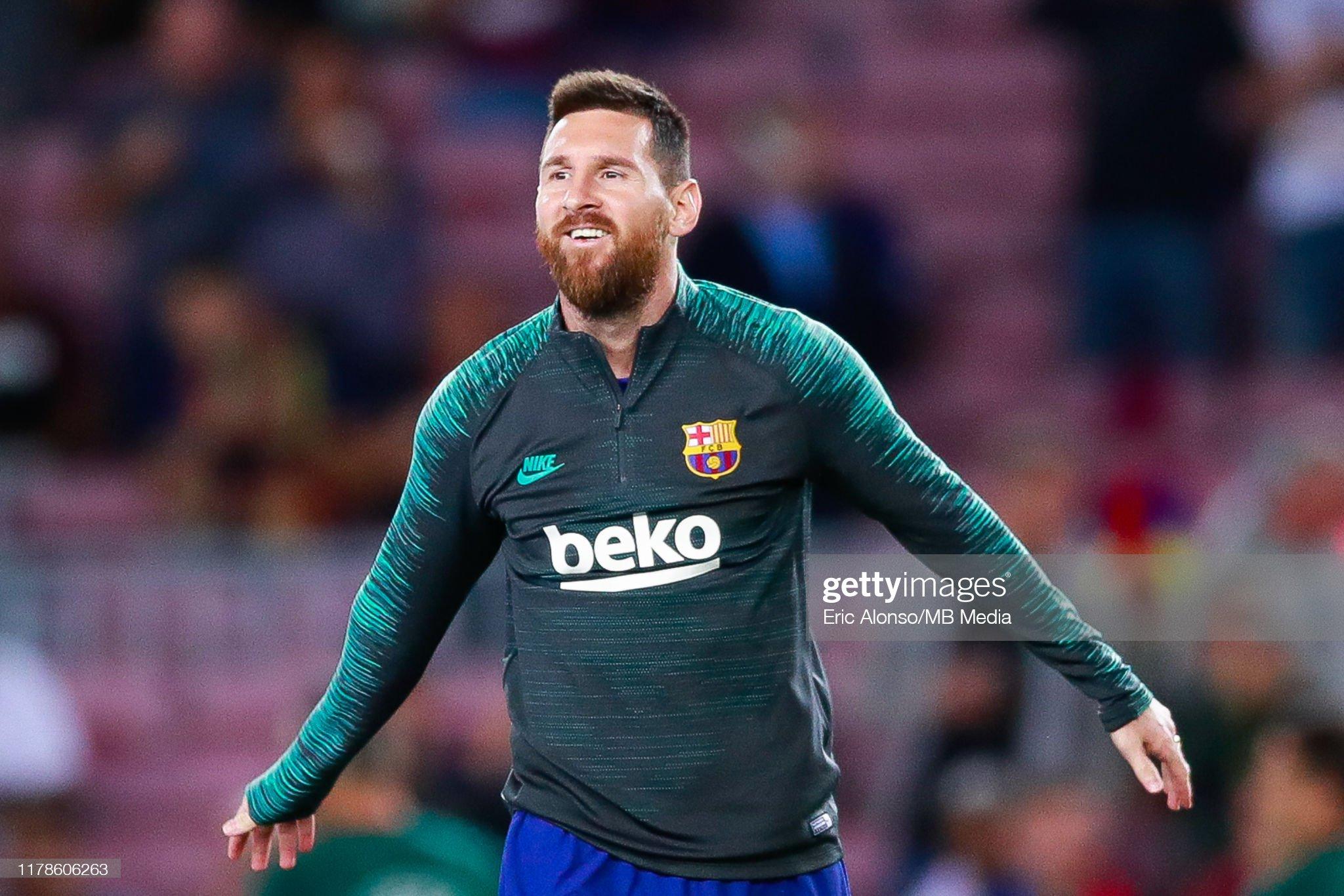 صور مباراة : برشلونة - إنتر 2-1 ( 02-10-2019 )  Lionel-messi-of-fc-barcelona-during-the-warm-up-of-the-uefa-champions-picture-id1178606263?s=2048x2048