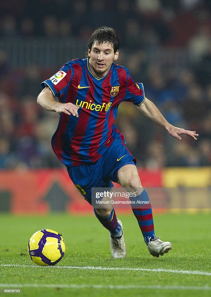 Lionel Messi of FC Barcelona in action during the La Liga match between Barcelona and Sevilla at the Camp Nou stadium on January 16, 2010 in Barcelona, Spain. Barcelona won 4-0.