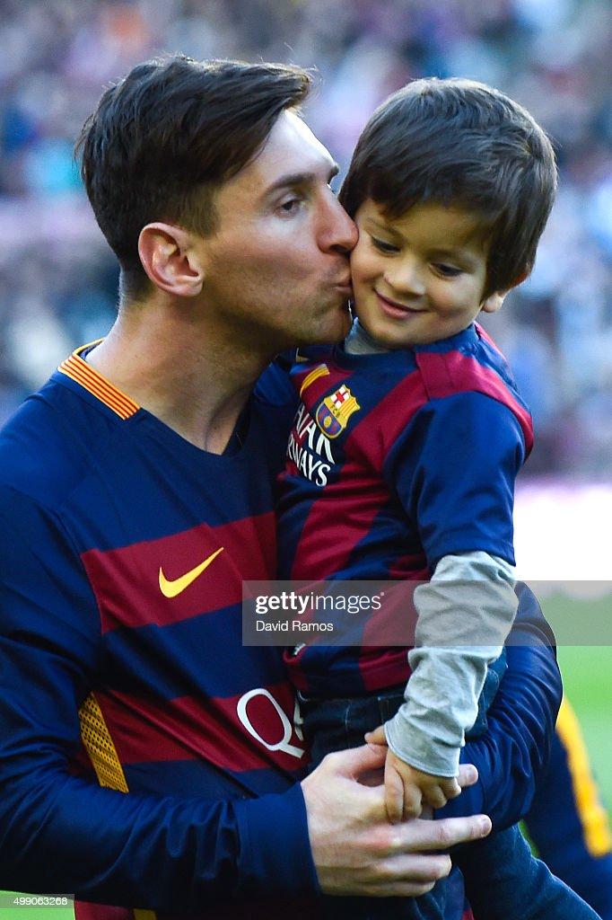 Lionel Messi of FC Barcelona kisses his son Thiago ahead of the La Liga match between FC Barcelona and Real Sociedad de Futbol at Camp Nou on November 28, 2015 in Barcelona, Spain.