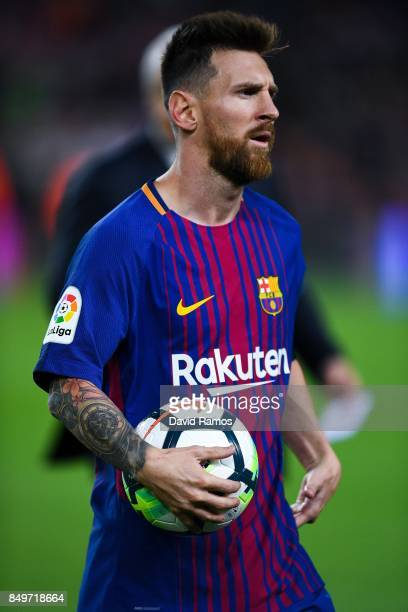 Lionel Messi of FC Barcelona leaves the pitch at the end of the La Liga match between Barcelona and SD Eibar at Camp Nou on September 19 2017 in...