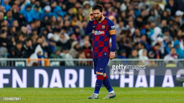 Lionel Messi of FC Barcelona looks dejected during the Liga match between Real Madrid CF and FC Barcelona at Estadio Santiago Bernabeu on March 1...