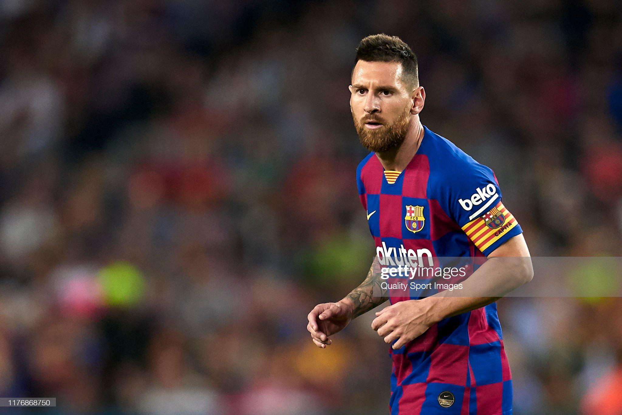 صور مباراة : برشلونة - فياريال 2-1 ( 24-09-2019 )  Lionel-messi-of-fc-barcelona-looks-on-during-the-liga-match-between-picture-id1176868750?s=2048x2048
