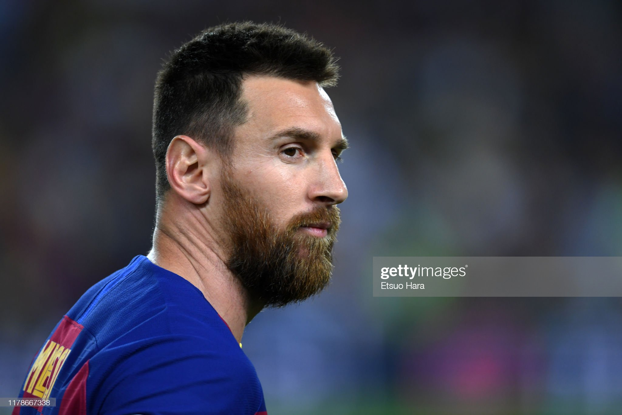 صور مباراة : برشلونة - إنتر 2-1 ( 02-10-2019 )  Lionel-messi-of-fc-barcelona-looks-on-during-the-uefa-champions-f-picture-id1178667338?s=2048x2048