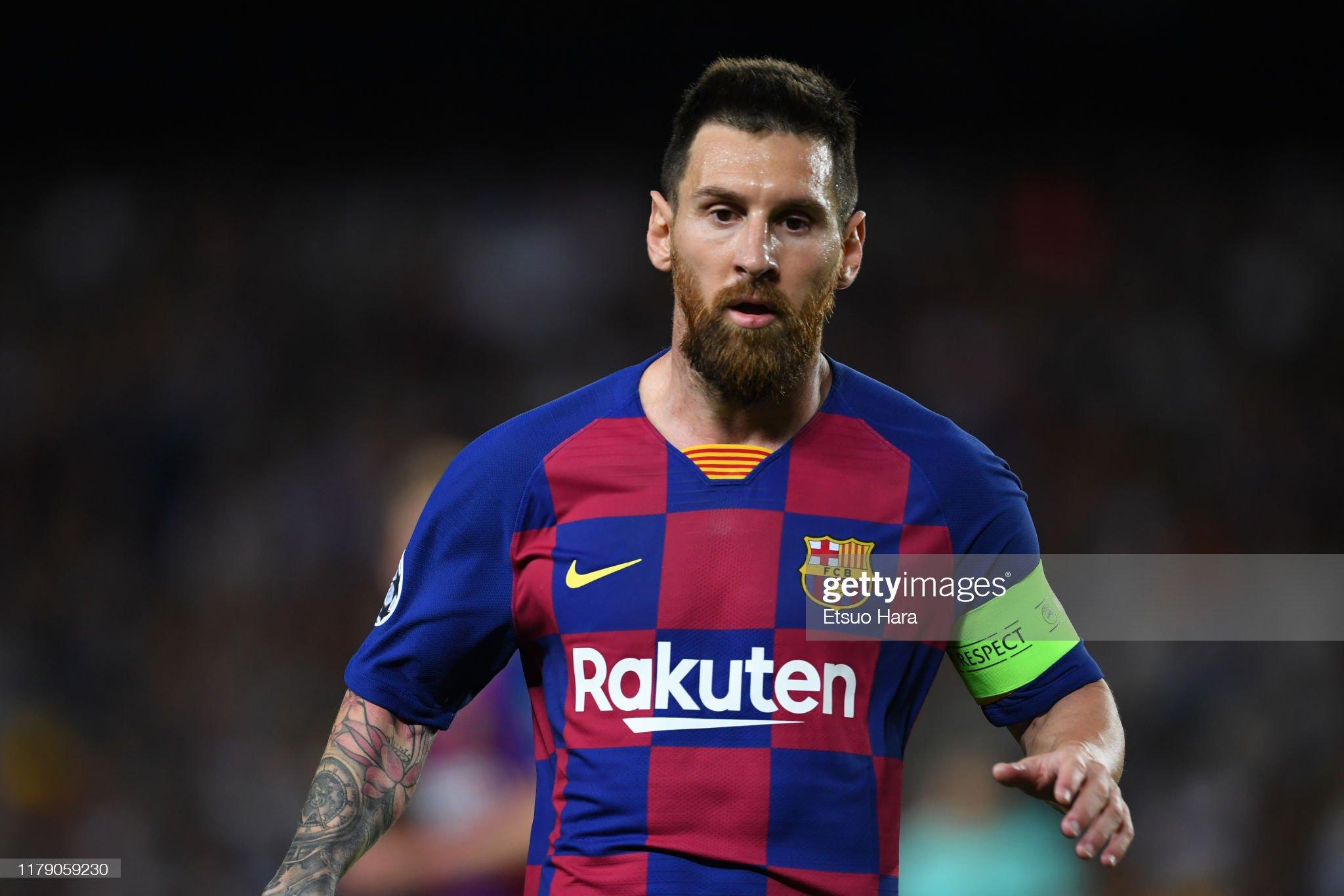 صور مباراة : برشلونة - إنتر 2-1 ( 02-10-2019 )  Lionel-messi-of-fc-barcelona-looks-on-during-the-uefa-champions-f-picture-id1179059230?s=2048x2048