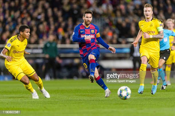Lionel Messi of FC Barcelona passes the ball during the UEFA Champions League group F match between FC Barcelona and Borussia Dortmund at Camp Nou on...
