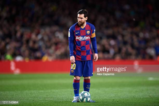 Lionel Messi of FC Barcelona prepares to kick a free kick during the Liga match between FC Barcelona and Real Sociedad at Camp Nou on March 07 2020...