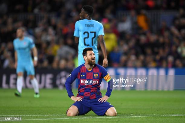 Lionel Messi of FC Barcelona reacts during the UEFA Champions League group F match between FC Barcelona and Slavia Praha at Camp Nou on November 05...