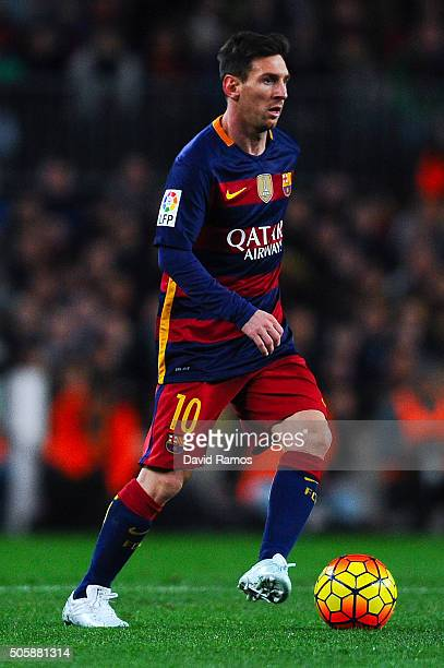 Lionel Messi of FC Barcelona runs with the ball during the La Liga match between FC Barcelona and Athletic Club de Bilbao at Camp Nou on January 17...