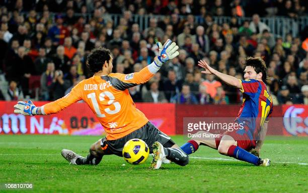 Lionel Messi of FC Barcelona scores his second goal during the La Liga match between Barcelona and Villarreal CF at Camp Nou Stadium on November 13...