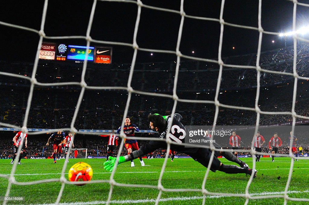 Lionel Messi of FC Barcelona scores the opening goal from the penalty spot during the La Liga match between FC Barcelona and Athletic Club de Bilbao at Camp Nou on January 17, 2016 in Barcelona, Spain.