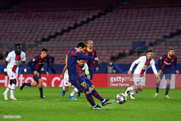 Lionel Messi of FC Barcelona scores their side's first goal from the penalty spot during the UEFA Champions League Round of 16 match between FC...
