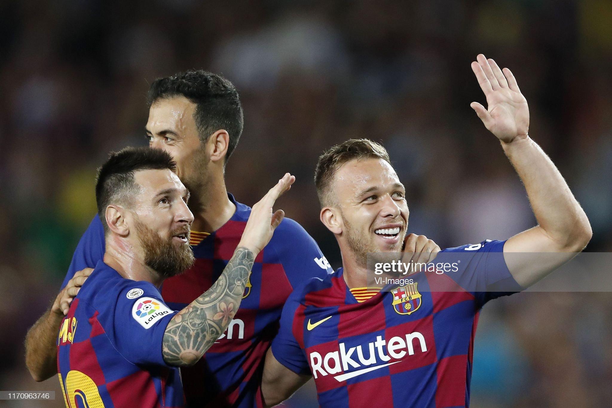 صور مباراة : برشلونة - فياريال 2-1 ( 24-09-2019 )  Lionel-messi-of-fc-barcelona-sergio-busquets-of-fc-barcelona-arthur-picture-id1170963746?s=2048x2048