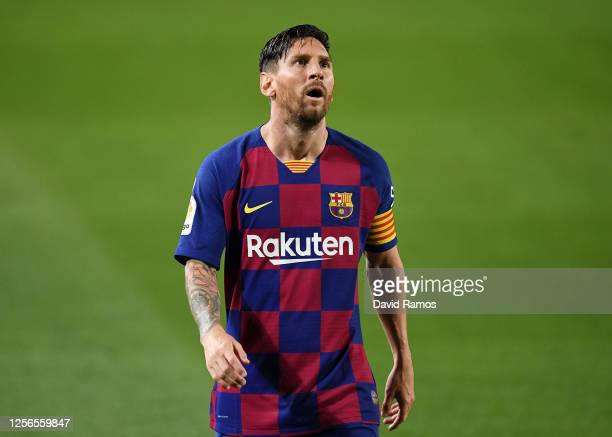 Lionel Messi of FC Barcelona shows his disappointment during the Liga match between FC Barcelona and CA Osasuna at Camp Nou on July 16, 2020 in...