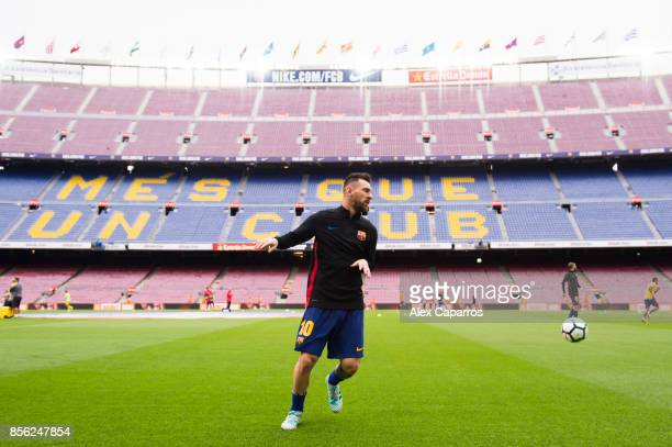 Lionel Messi of FC Barcelona warms up ahead of the La Liga match between Barcelona and Las Palmas at Camp Nou on October 1 2017 in Barcelona Spain...