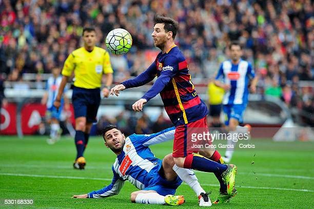 Lionel Messi of FCBarcelona in action with the ball during the FCBarcelona vs RCD Espanyol BBVA Spanish League match 37th season on May 8 2016 in...