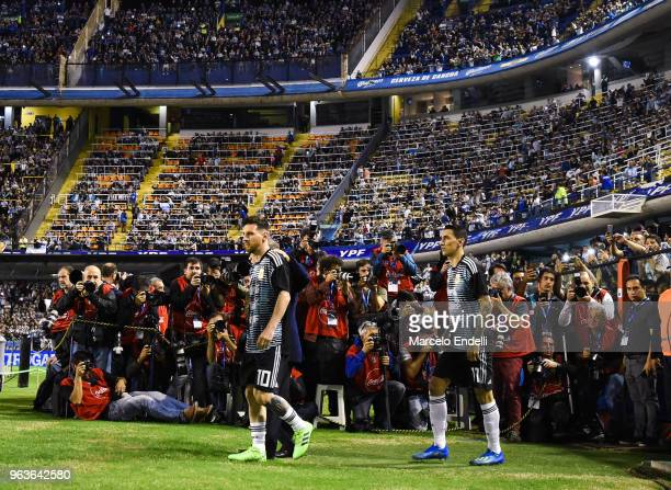 Lionel Messi of walks onto the field before an international friendly match between Argentina and Haiti at Alberto J Armando Stadium on May 29 2018...