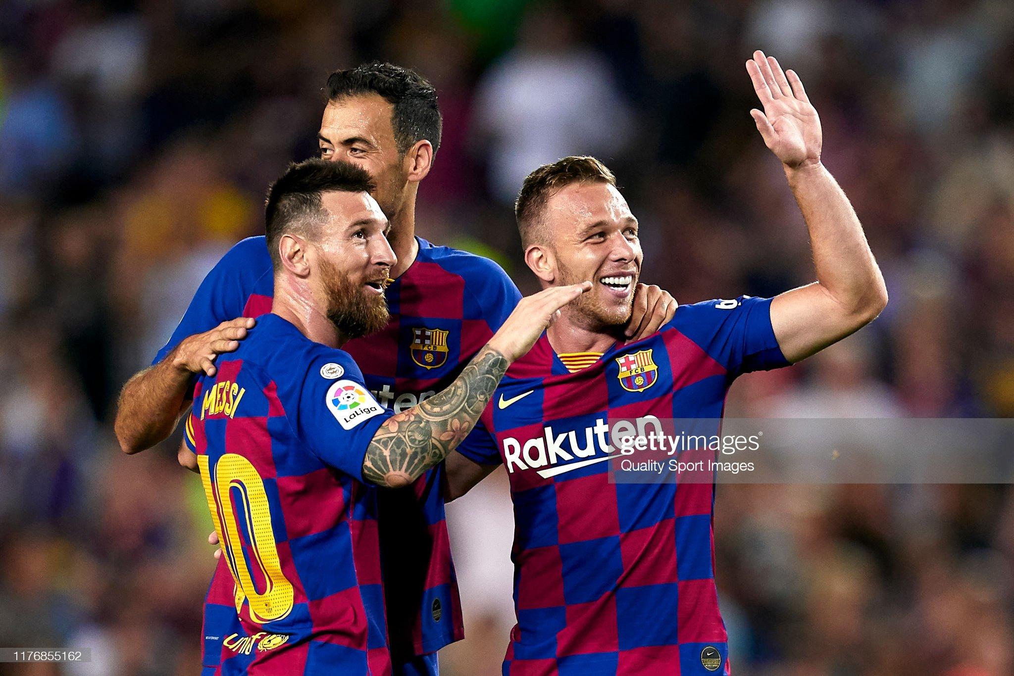 صور مباراة : برشلونة - فياريال 2-1 ( 24-09-2019 )  Lionel-messi-sergio-busquets-and-arthur-of-fc-barcelona-celebrating-picture-id1176855162?s=2048x2048