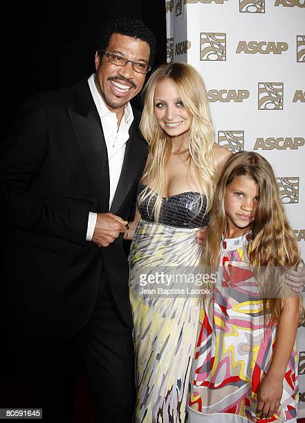 Lionel Richie and daughter's Nicole Richie and Sophia Richie arrive at the 2008 ASCAP Pop Awards at the Kodak Theatre on April 9, 2008 in Hollywood,...