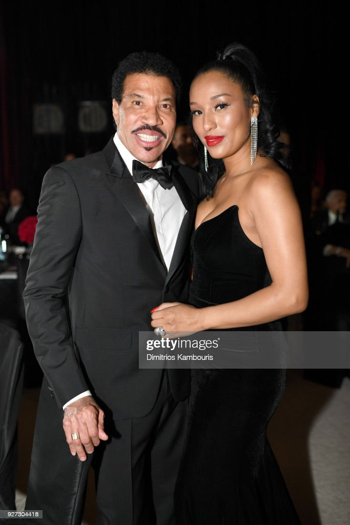 Lionel Richie (L), and Lisa Parigi --- attends the 26th annual Elton John AIDS Foundation Academy Awards Viewing Party sponsored by Bulgari, celebrating EJAF and the 90th Academy Awards at The City of West Hollywood Park on March 4, 2018 in West Hollywood, California.