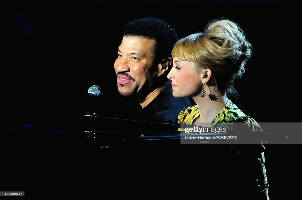 ACM Presents: Lionel Richie And Friends - In Concert - Red Carpet & Backstage : News Photo