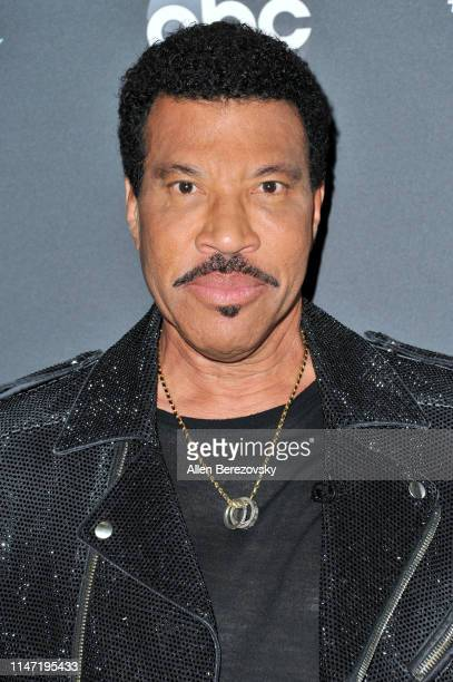 """Lionel Richie arrives at ABC's """"American Idol"""" live show on May 05, 2019 in Los Angeles, California."""