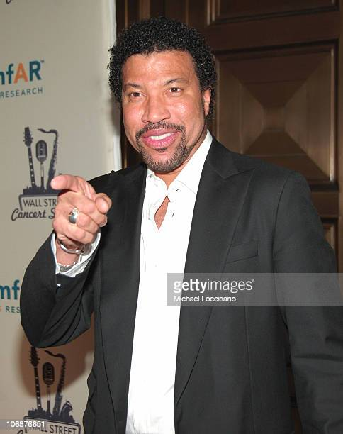 Lionel Richie during Lionel Richie Features 2006 Cipriani Concert Series to Benefit amfAR Red Carpet at Cipriani Wall Street in New York City New...