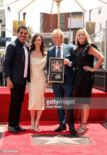 Lionel Richie, Finola Hughes, Nigel Lythgoe, and Mary Murphy attend a ceremony honoring Television Producer Nigel Lythgoe with a star on the...