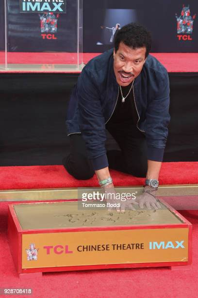 Lionel Richie Hand And Footprint Ceremony at TCL Chinese Theatre on March 7 2018 in Hollywood California