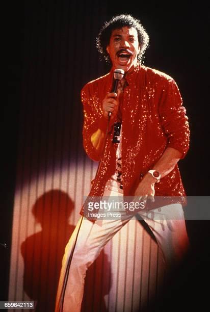 Lionel Richie in concert circa 1985.