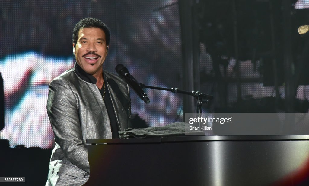 Lionel Richie In Concert - Newark, New Jersey