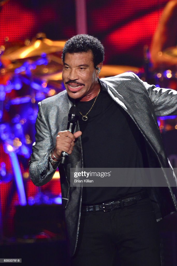 Lionel Richie performs at the Prudential Center on August 18, 2017 in Newark, New Jersey.
