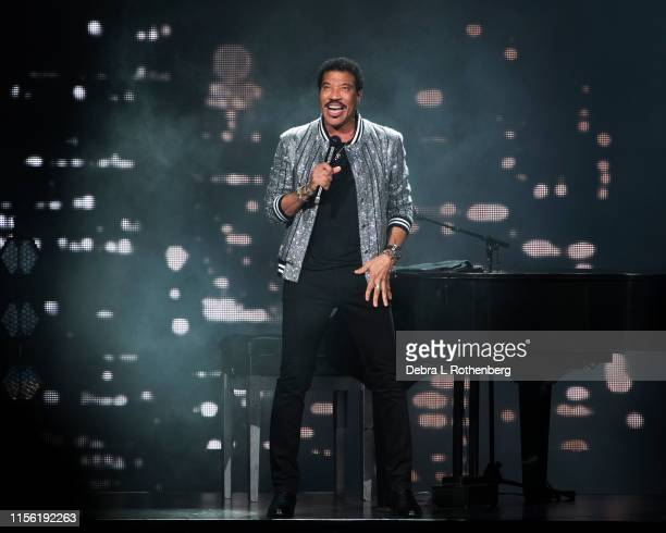 """Lionel Richie performs during his """"Hello! Tour Hits"""" concert at Radio City Music Hall on July 17, 2019 in New York City."""