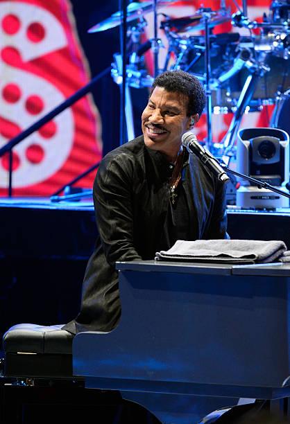 Fotos e imágenes de Lionel Richie Performs During SiriusXM ...