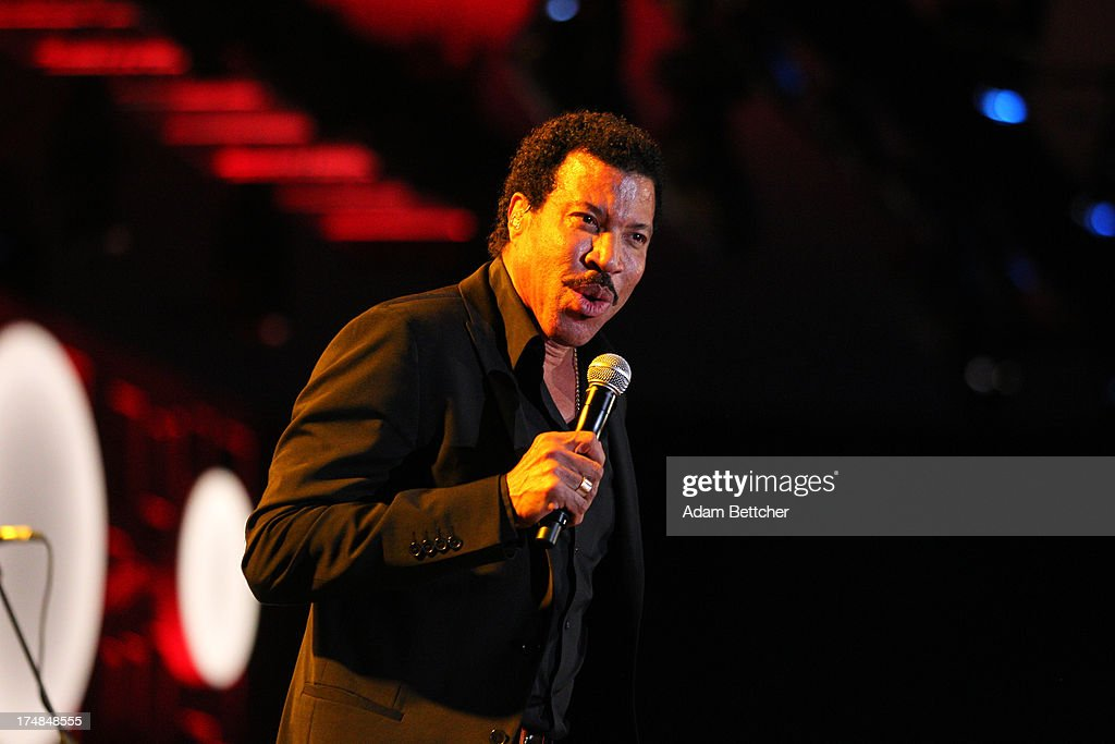 Lionel Richie performs during the 2013 Starkey Hearing Foundation's 'So the World May Hear' Awards Gala on July 28, 2013 in St. Paul, Minnesota.