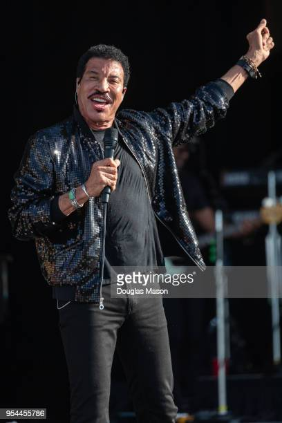 Lionel Richie performs during the 2018 New Orleans Jazz Heritage Festival at Fair Grounds Race Course on April 29 2018 in New Orleans Louisiana