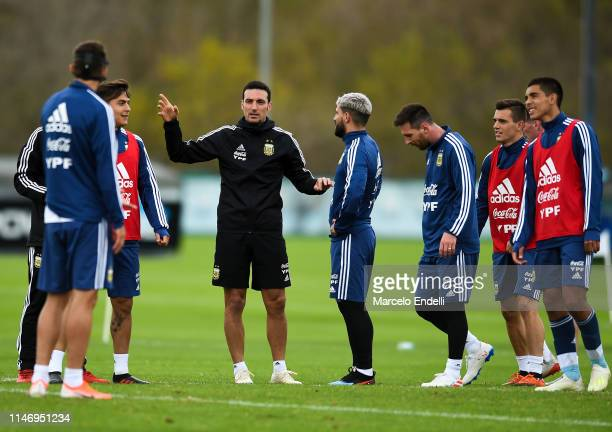 Lionel Scaloni coach of Argentina gives instructions to his players during a training session at Julio H Grondona Training Camp on May 28 2019 in...