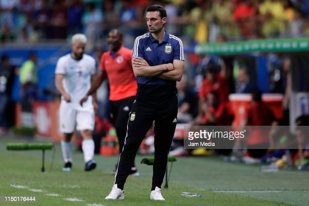 Lionel Scaloni coach of Argentina reacts during the Copa America Brazil 2019 group B match between Argentina and Colombia at Arena Fonte Nova on June...