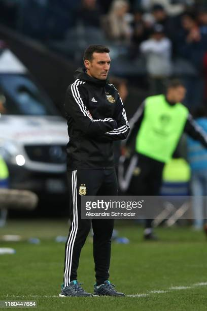 Lionel Scaloni head coach of Argentina gestures during the Copa America Brazil 2019 Third Place match between Argentina and Chile at Arena...