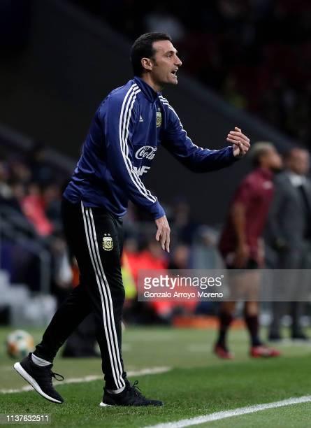 Lionel Scaloni Head Coach of Argentina reacts during the International Friendly match between Argentina and Venezuela at Estadio Wanda Metropolitano...