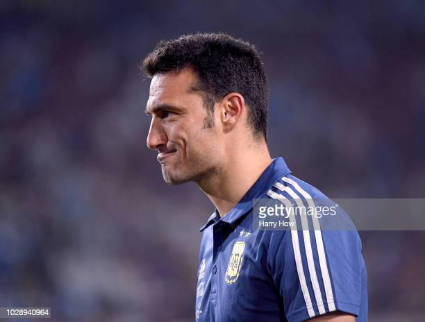 Lionel Scaloni of Argentina heads off the field holding a 30 lead at the end of the first half at Los Angeles Memorial Coliseum on September 7 2018...