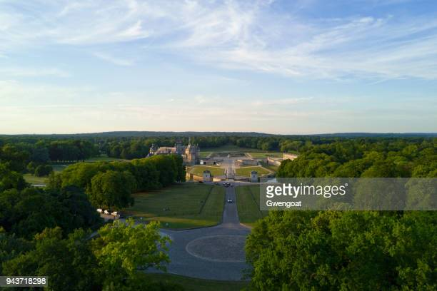 carrefour des lions in chantilly (oise) - chantilly picardy stock pictures, royalty-free photos & images