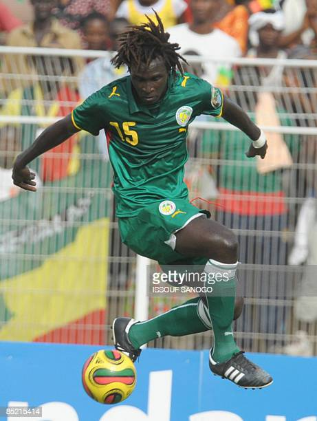 Lions du Senegal Senegalese National football team player Malick Fall controls the ball against Black stars of Ghana on March 4, 2009 at Bouake...