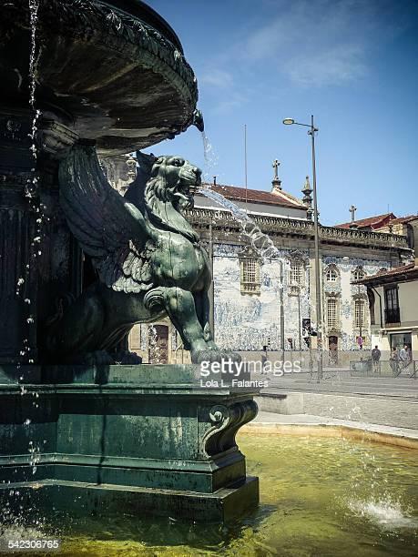 Lions fountain detail