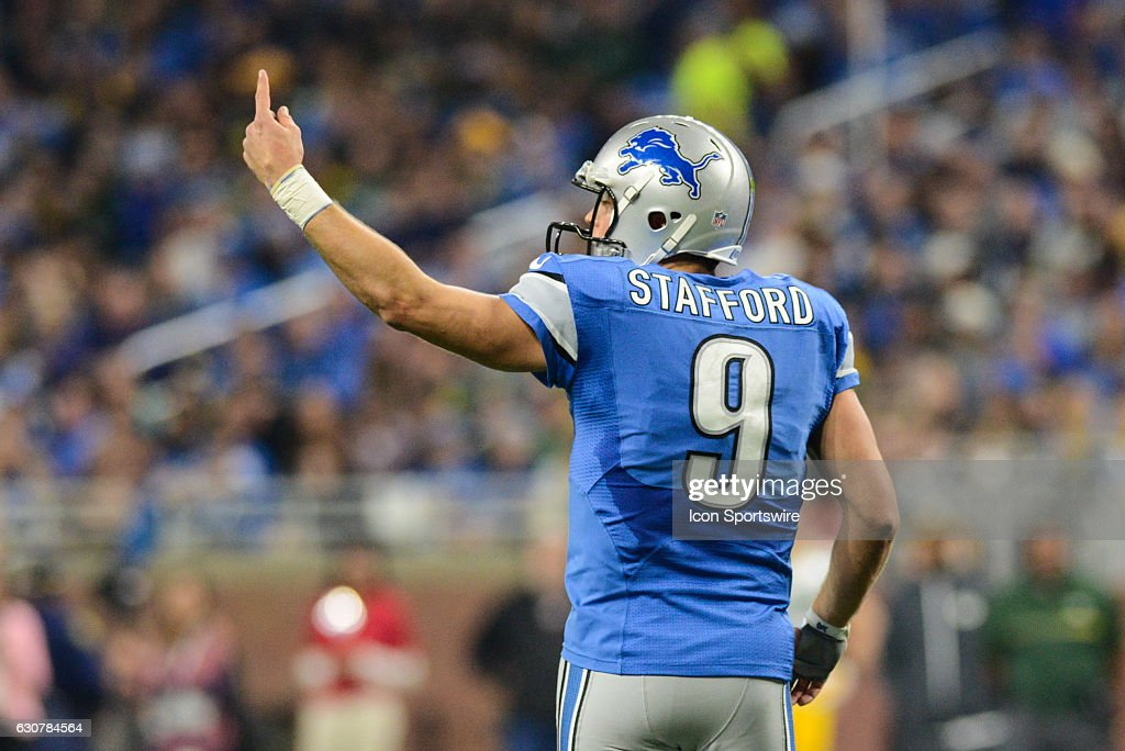 NFL: JAN 01 Packers at Lions : News Photo