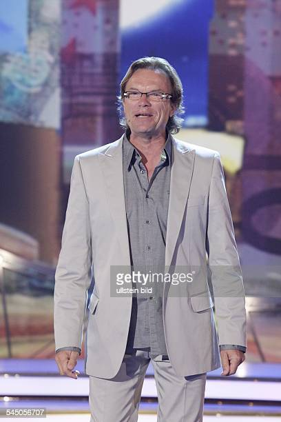 "Lippert, Wolfgang - Singer, Presenter, Entertainer, Germany - performing at the tv-show ""Willkommen bei Carmen_Nebel"" in Germany"