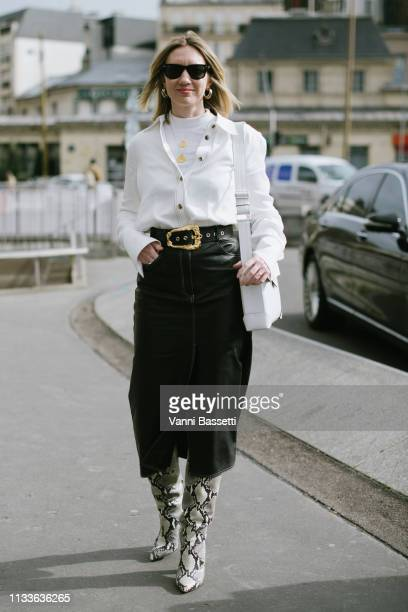 Lisa Aiken poses after the Giambattista Valli show at the Palais des Congres during Paris Fashion Week Womenswear Fall Winter 2019/2020 on March 04...