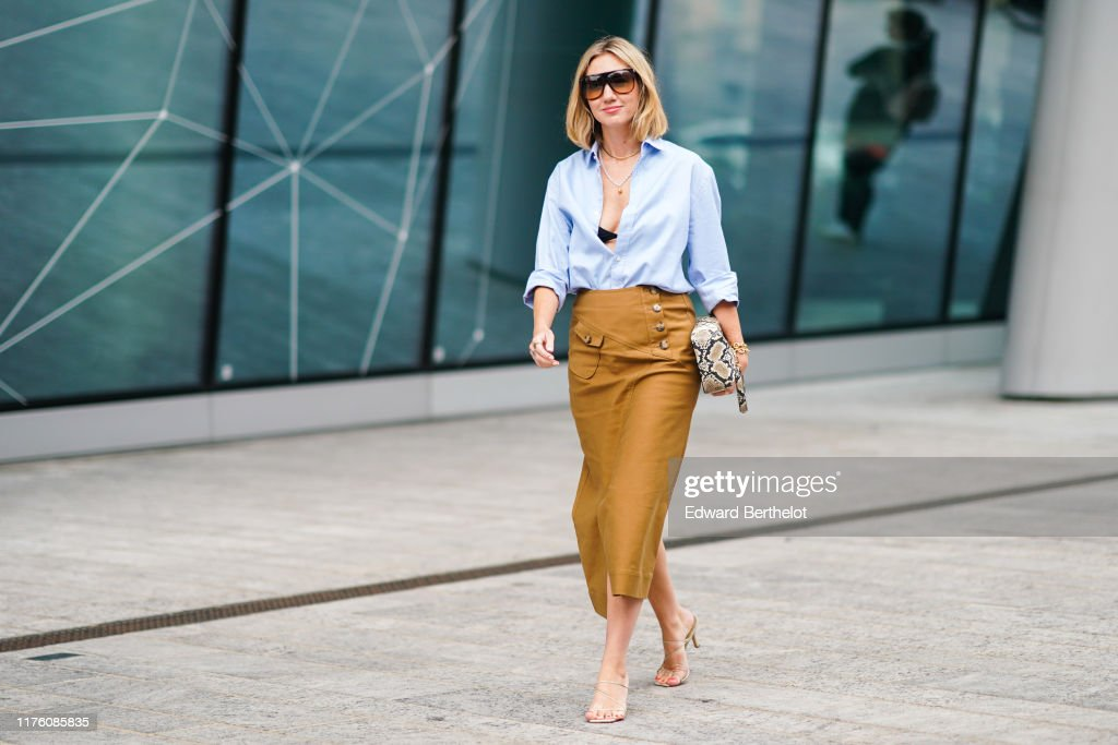 Street Style: September 20 - Milan Fashion Week Spring/Summer 2020 : Photo d'actualité